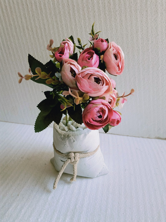 Small Artificial Flowers